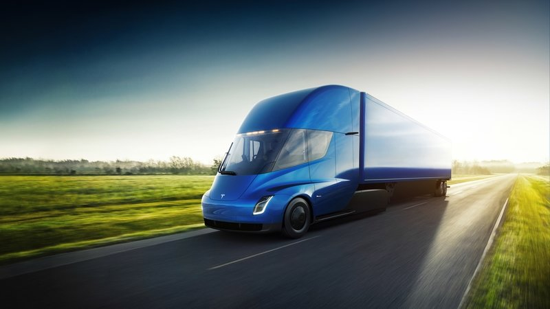 DHL Delivery Service Orders 10 Examples of the Tesla Semi - image 746088