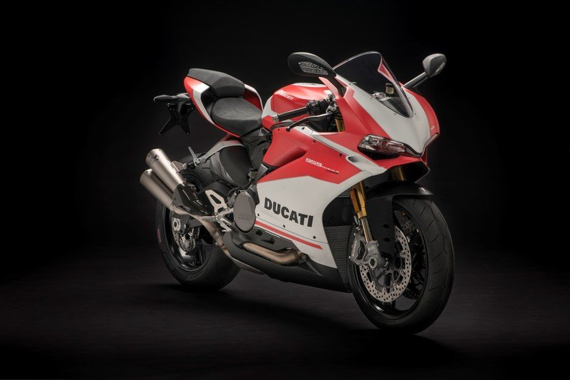 Ducati's 959 Panigale gets the Corse treatment for 2018