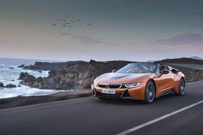 2019 BMW i8 Roadster - image 748122