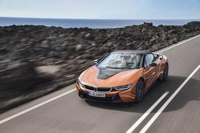 2018 BMW i8 Roadster - image 748125
