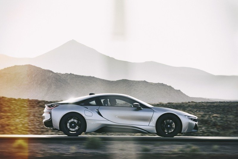 Bmw I8 Photos Pictures Pics Wallpapers Top Speed