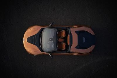 2019 BMW i8 Roadster - image 748144