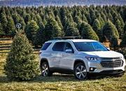 Chevy Offers Helpful Hints for Transporting Your Christmas Tree - image 748828