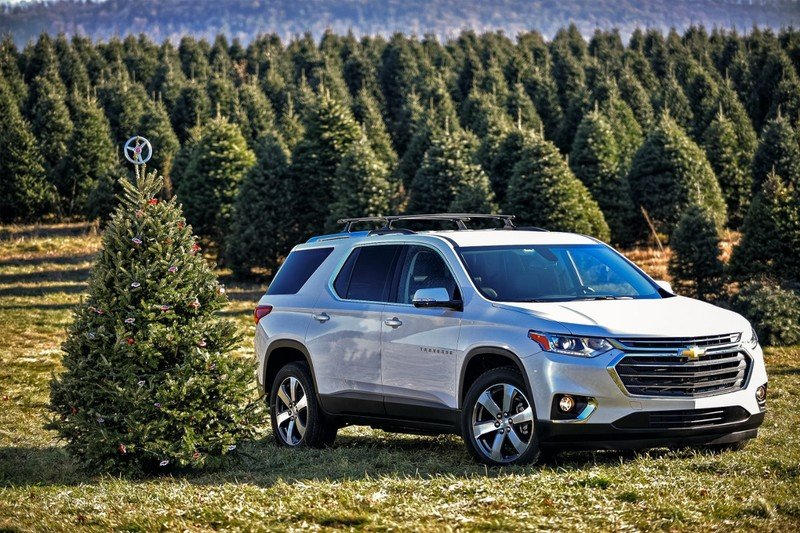 Chevy Offers Helpful Hints for Transporting Your Christmas Tree