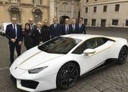 Craziest Thing This Week: The Pope Blesses a Lamborghini Huracan - image 745573