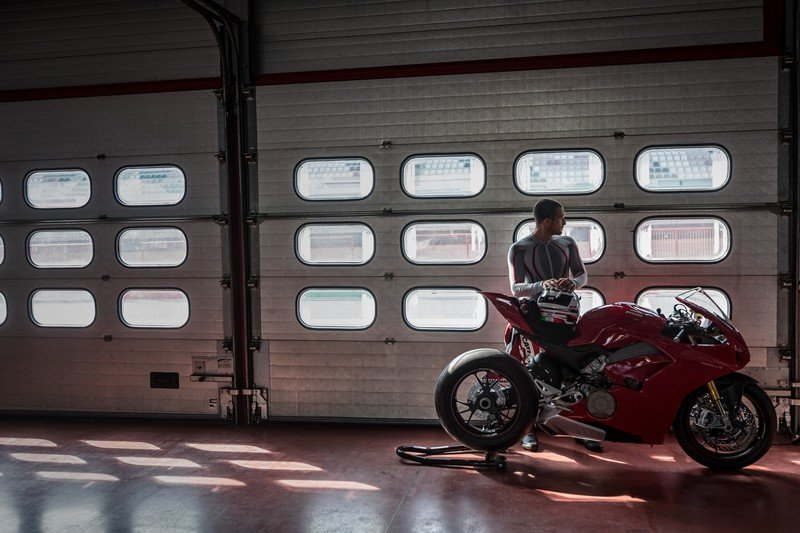Get ready for a new dream sequence: The Ducati Panigale V4