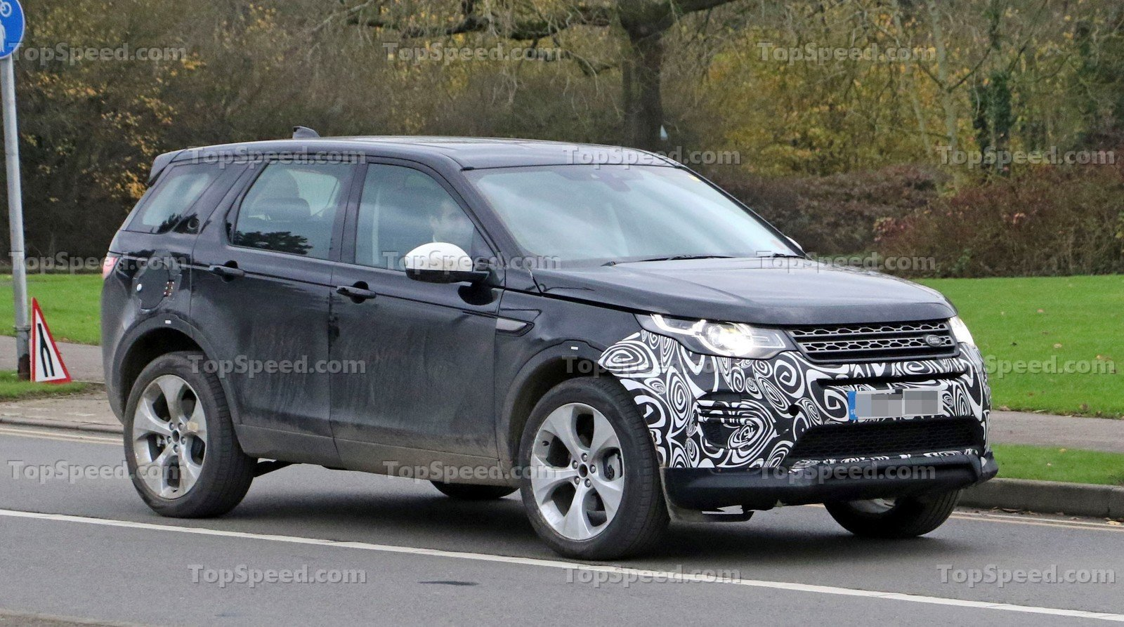 2020 Land Rover Discovery Sport | Top Speed