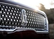 Lincoln Updates MKX at L.A. Auto Show, Renames it Nautilus - image 747879