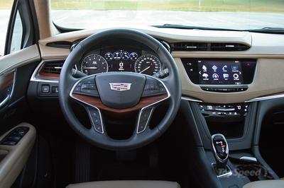 The 2017 XT5 Succeeds At Being A Cadillac - image 743991
