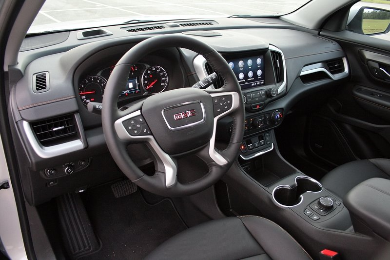 The 2018 GMC Terrain's E-Shifter Isn't That Bad