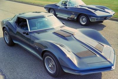Top 10 Greatest Chevrolet Corvettes Ever Built - image 745744