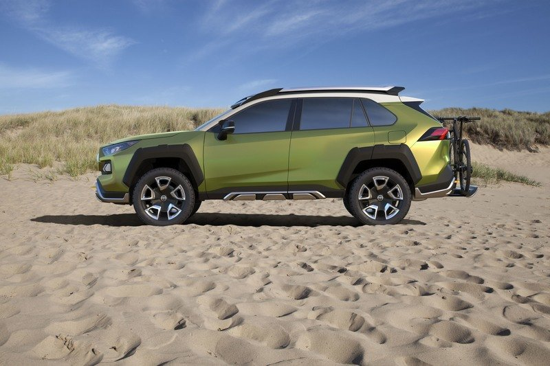 Toyota Breeding All-New Subcompact Crossover