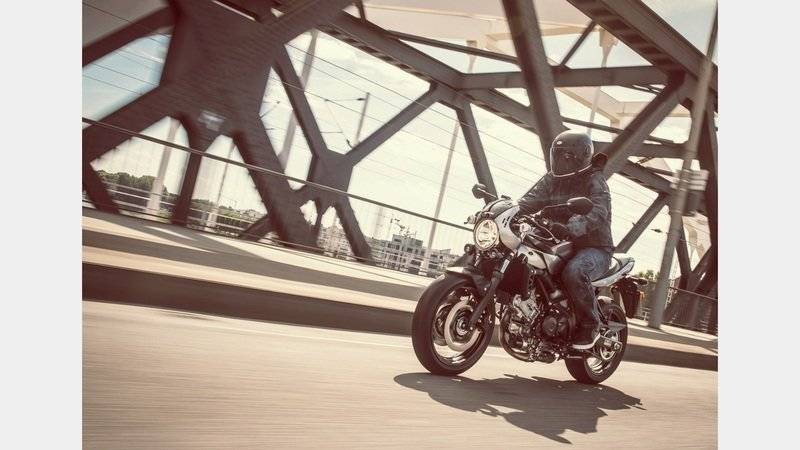Suzuki makes a cafe-racer out of the standard SV650 with an 'X'