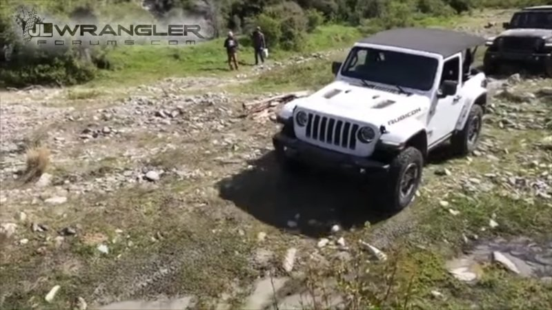 Watch the 2018 Jeep Wrangler Rubicon Tackle Rocks in New Zealand!