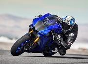 Yamaha begins online booking of 2018 YZF-R1M - image 745962