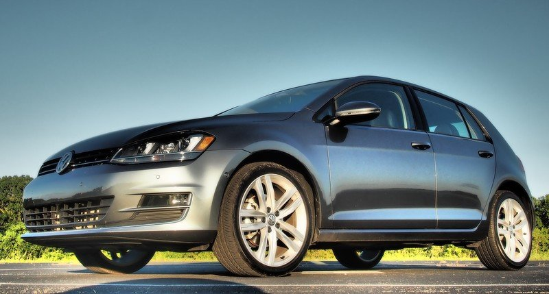 2017 Volkswagen Golf TSI SEL — Driven