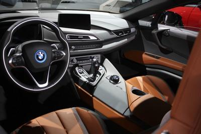 2018 BMW i8 Roadster - image 749484