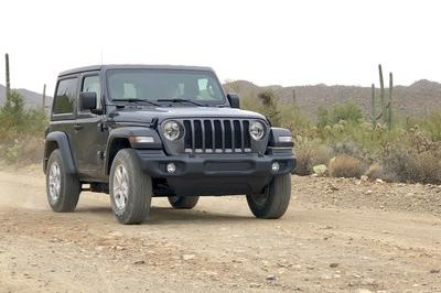 Driving the 2018 Jeep Wrangler JL - image 751521