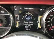 A Detailed Look At the 2018 Jeep Wrangler's Dashboard - image 751614