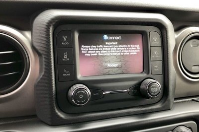 The 2018 Jeep Wrangler's Three Infotainment Systems - image 751623