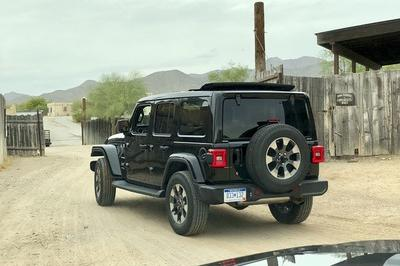 Driving the 2018 Jeep Wrangler JL - image 751474