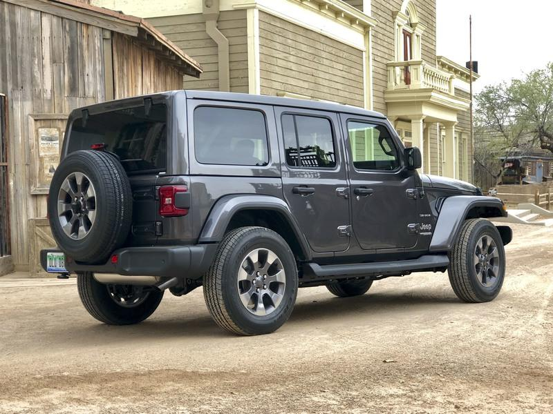 2018 Jeep Wrangler JL - First Look