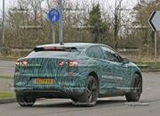 Mercedes-Benz EQC vs Jaguar I-Pace - image 750929