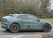 Mercedes-Benz EQC vs Jaguar I-Pace - image 750933