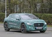 Mercedes-Benz EQC vs Jaguar I-Pace - image 750925