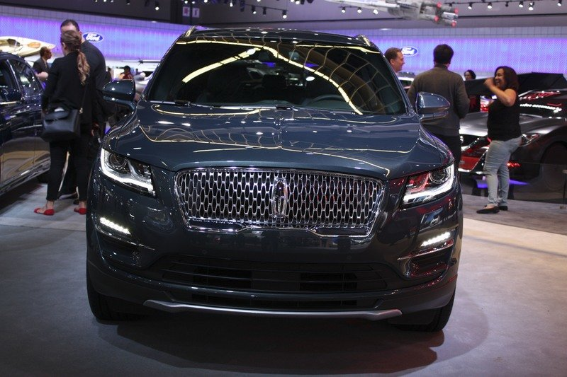 Lincoln Set to Rename The MKC