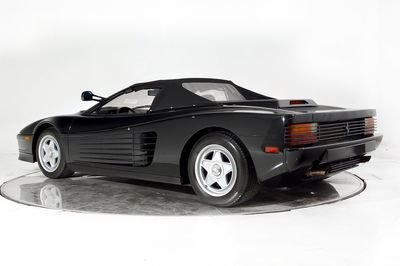 Custom-Built Ferrari Testarossa Convertible Has A History With The King of Pop - image 753916