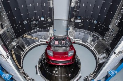 SpaceX Launches Falcon Heavy Tomorrow With Starman At The Helm Of Elon Musk's Tesla Roadster - image 754444