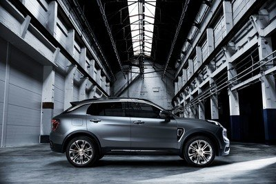 Fastest Selling Car in History is.... the Lynk & Co 01 - image 749062