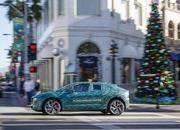 Mercedes-Benz EQC vs Jaguar I-Pace - image 751346