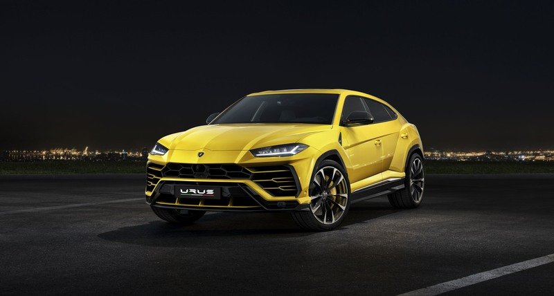 Lamborghini Urus Hybrid Could Generate 700 Horsepower!