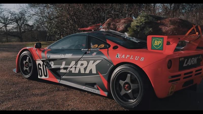 McLaren F1 GTR Is More Than Just a Supercar, It's Also a Christmas Tree Transporter