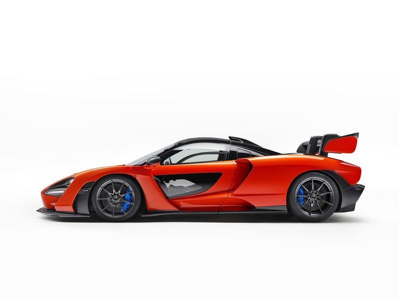 A McLaren Senna Just Sold at Auction for $2.67-million Exterior - image 752206