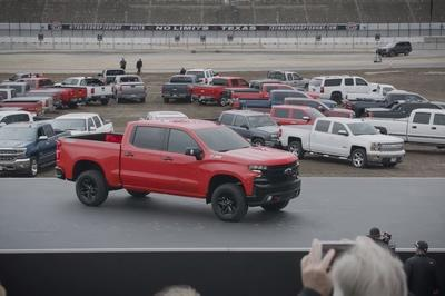 New vs. Old: Exterior Updates to the 2019 Chevrolet Silverado - image 753330