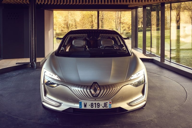 Renault Shows Off the Symbioz as a Working Prototype