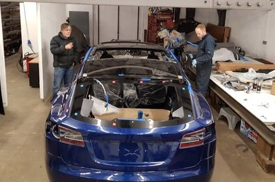 British Shop Creates First Tesla Model S Shooting Brake - image 754082