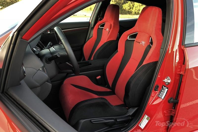 Turns Out The 2017 Honda Civic Type R Makes a Good Daily Driver Interior - image 754506