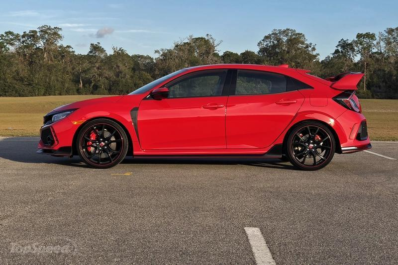 2017 Honda Civic Type R: Life Behind the Wheel Exterior - image 754482