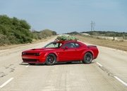 Watch Hennessey Do 174 MPH in a Hellcat Hauling A Christmas Tree! - image 754133