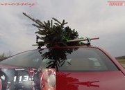Watch Hennessey Do 174 MPH in a Hellcat Hauling A Christmas Tree! - image 754121