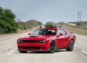 Watch Hennessey Do 174 MPH in a Hellcat Hauling A Christmas Tree! - image 754125