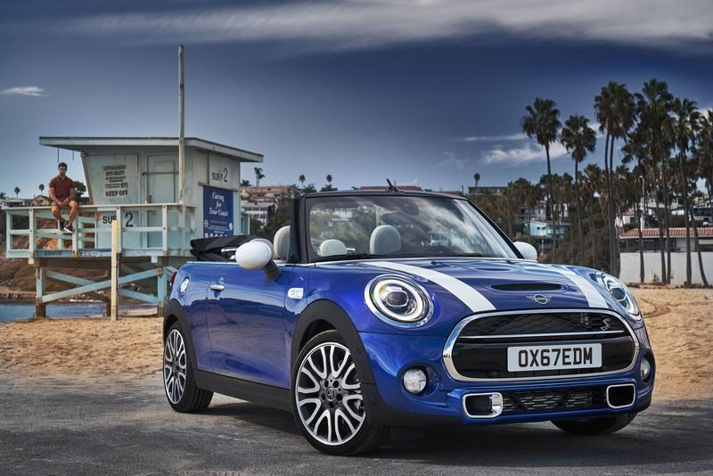 2016 Mini Cooper Convertible - image 757421