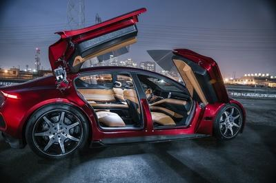 Fisker eMotion Debuts with 24-inch Wheels, 400-Mile Range, and Level 4 Autonomous Capability - image 756603
