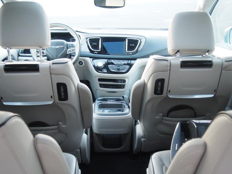 2018 Chrysler Pacifica Hybrid - Driven