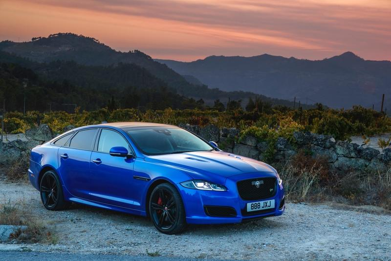 Wallpaper of the Day: 2018 Jaguar XJR575