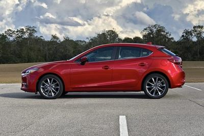 2018 Mazda3 Grand Touring Quick Specs - image 757897